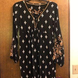 Dresses & Skirts - black and gold dress